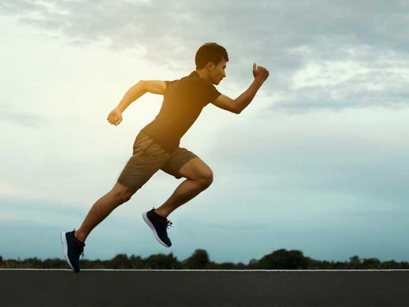 3 pautas para corregir la postura al correr